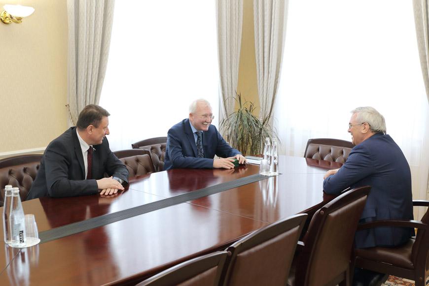 Встреча Игоря Ашурбейли с Олегом Лавричевым и Евгением Люлиным