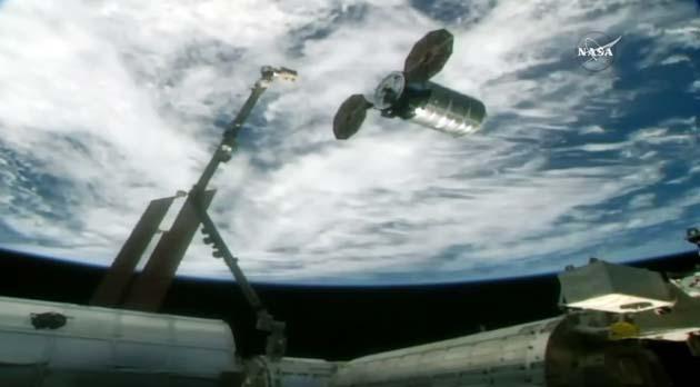 Спутник Asgardia-1 покинул МКС